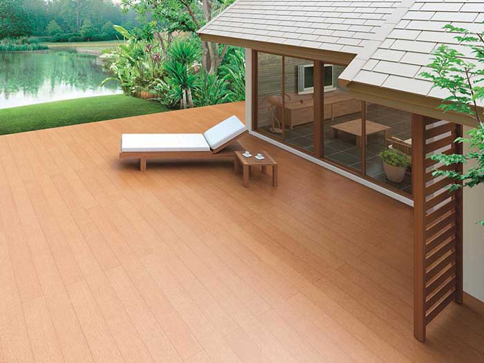 SCG Wood Plank balcony site reference - SCG Smartwood