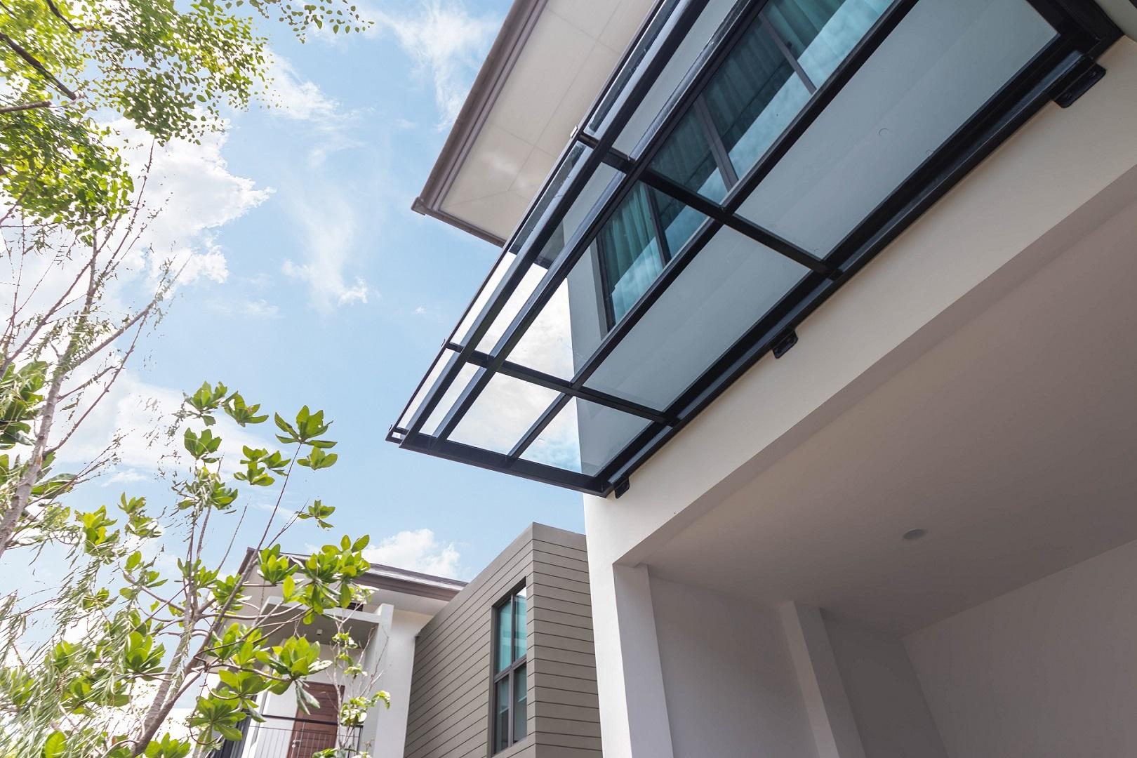 Modern acrylic roof idea-royal-blue-color-charungrat-07