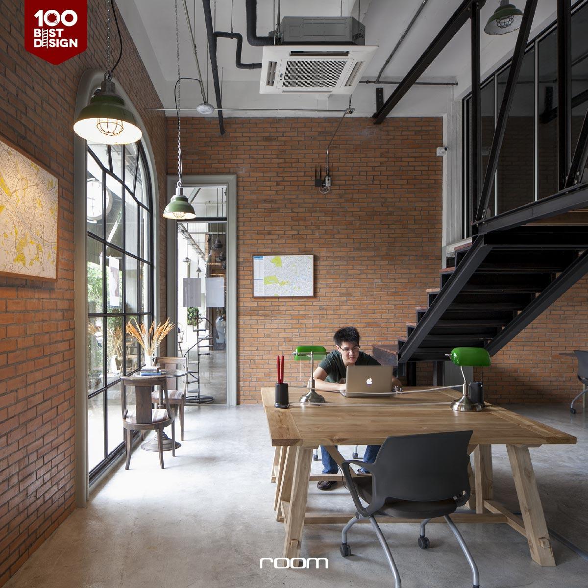 Loft Hostel Decoration Idea