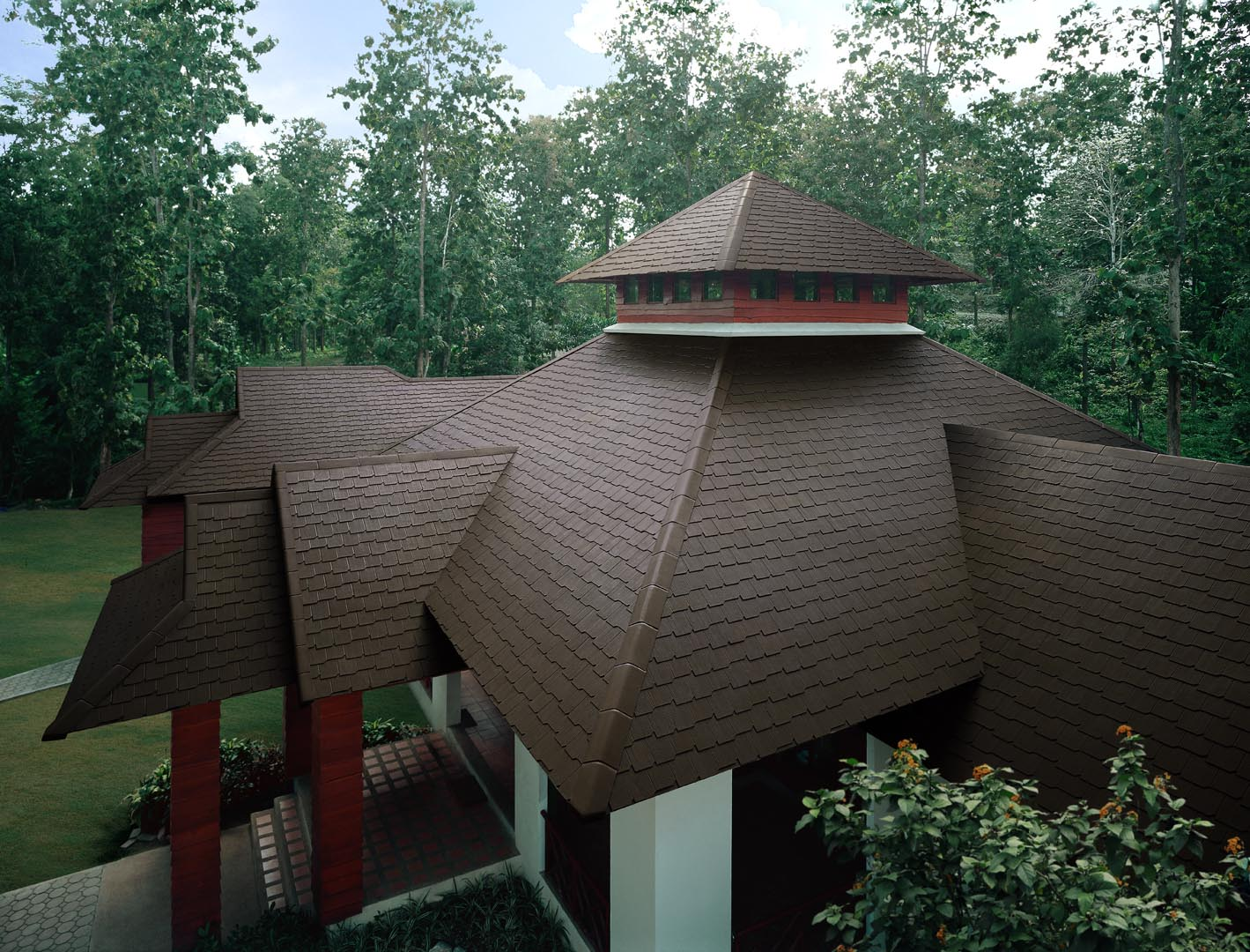 SCG-Fiber-Cement-Roof-Ayara-Timber-Grain-Hazel-Brown-site-reference