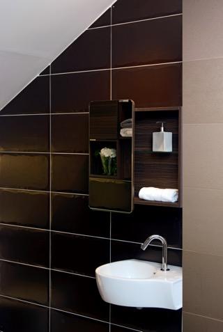 Unique wash basin design