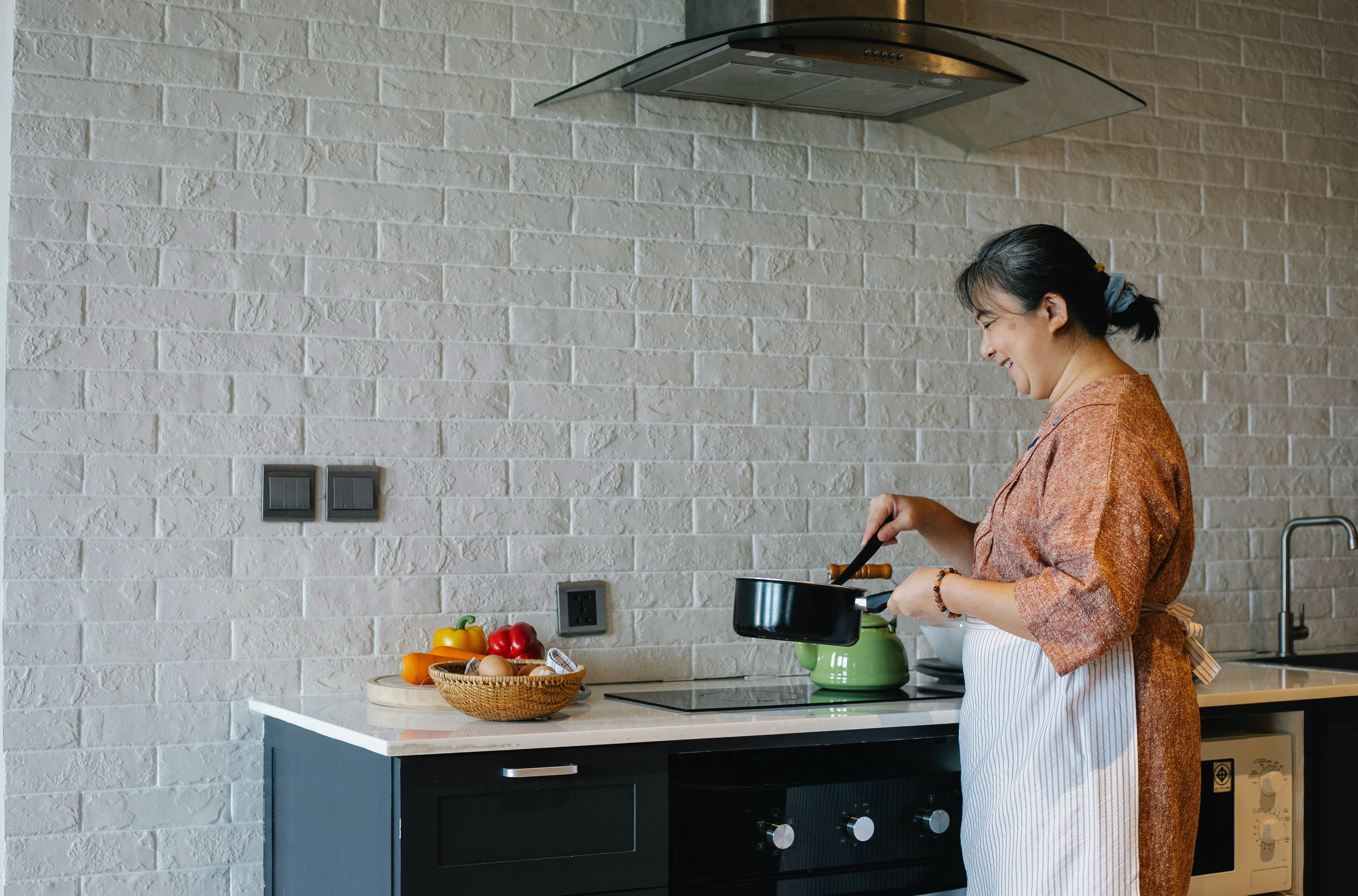 How to choose the Cooker Hood to match your kitchen and the function usage?