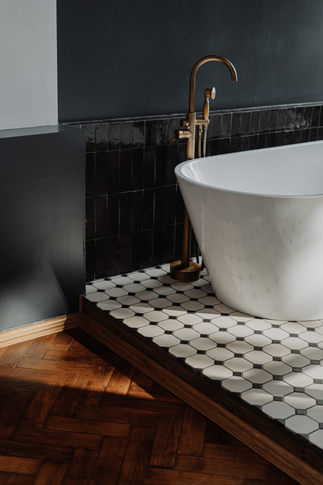 ways which could not be missed for a clean bathroom