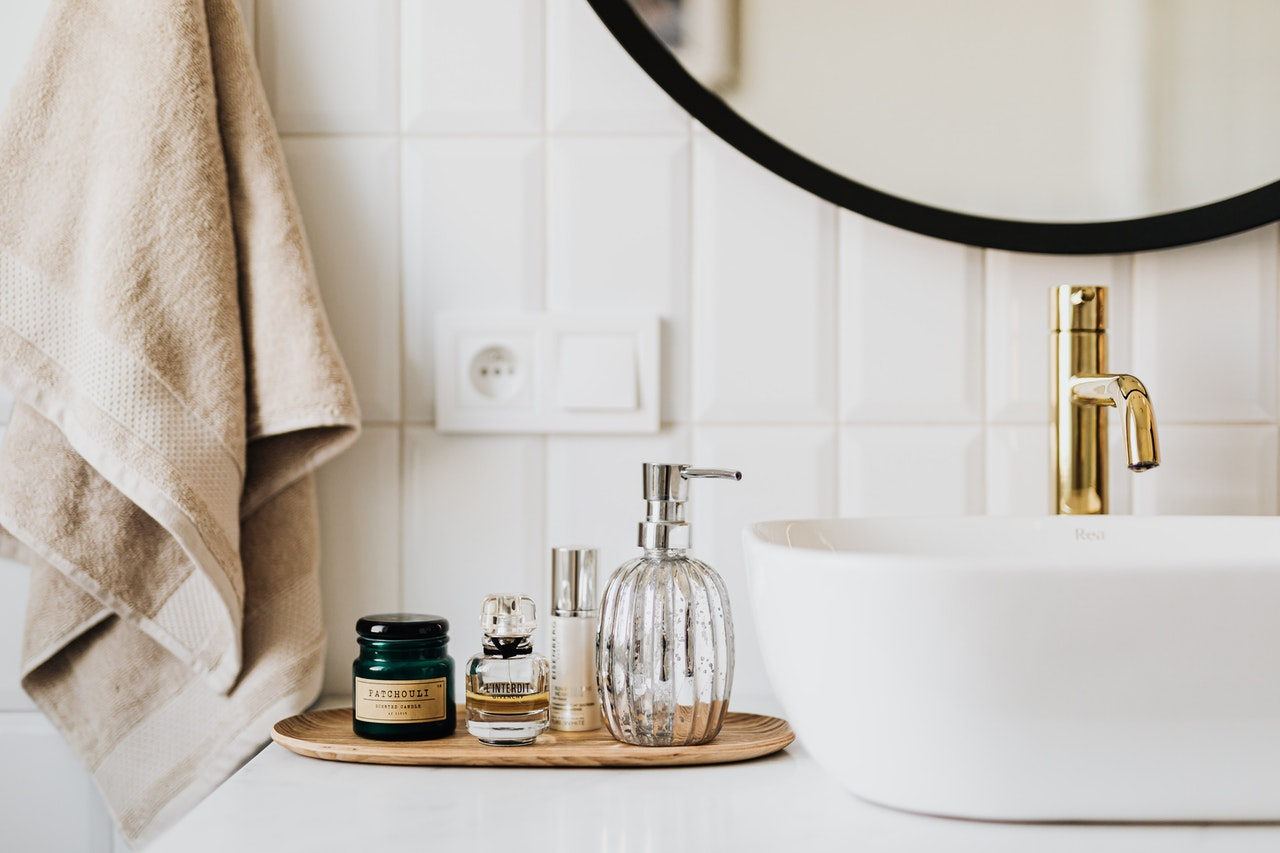 29 method to clean bathroom