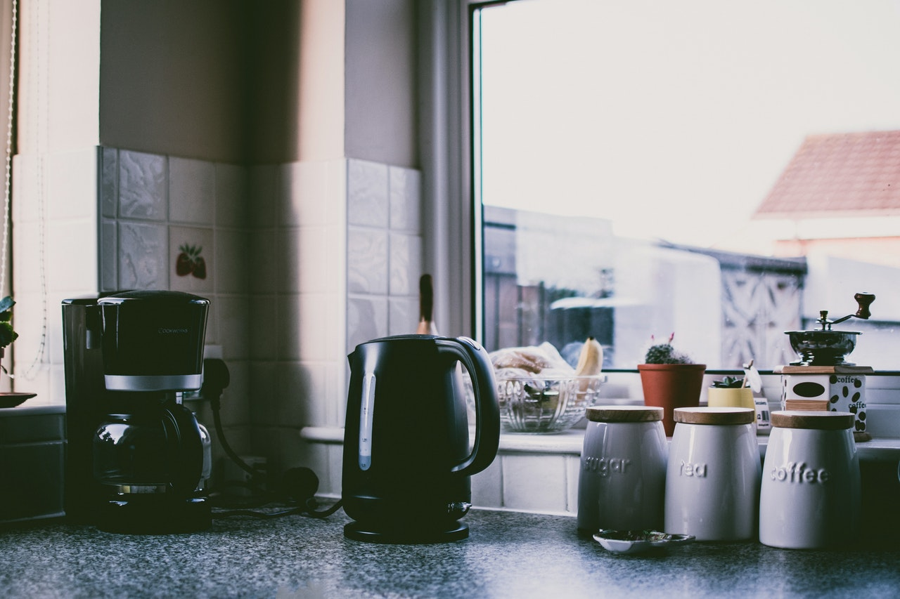 We should use the electric kettle to boil water in just a few seconds.