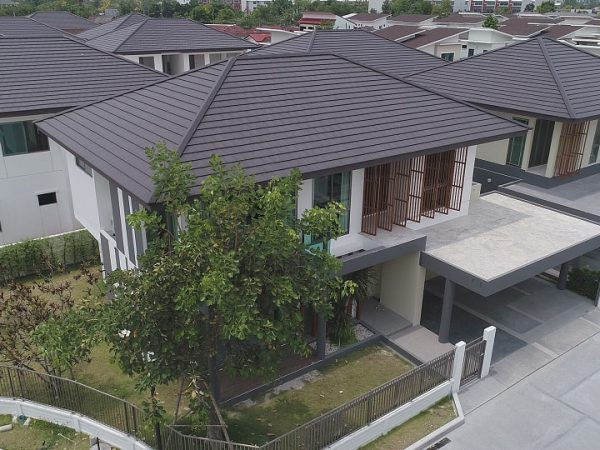 Modern roof for modern house SCG Prestige X Shield